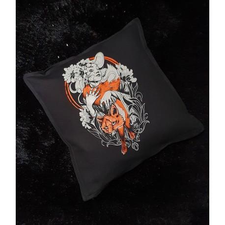 octoskull pillow